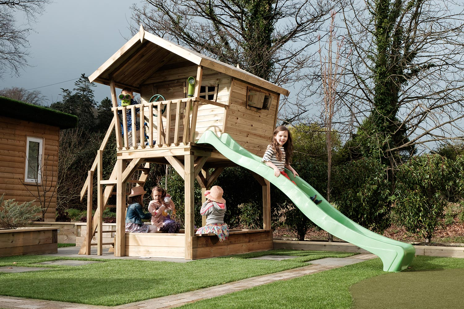 Kids outdoor playhouse stunning outdoor playhouse for for Kids wooden treehouse